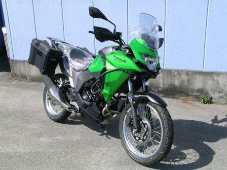 Kawasaki Versys-X250ABS TOURER 展示車1台POP UP!